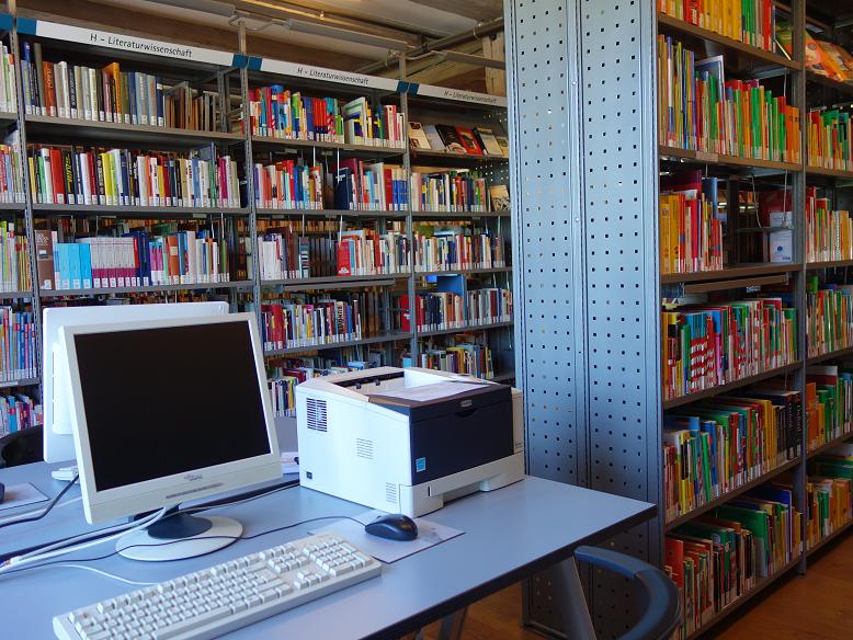 Stadtbibliothek Im Zeughaus Wismar Angebote Lern Und Freizeitort